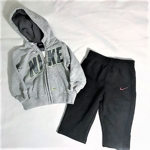 Nike | Kids Lot Sweatshirt and Sweatpants